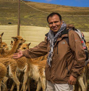 Meet 2019 WCN Scholar Juan Carlos Huaranca